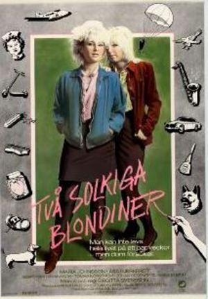 Två solkiga blondiner poster