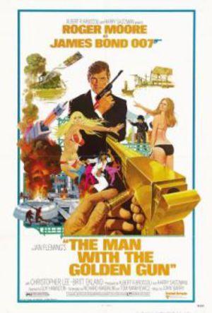 Mannen med den gyllene pistolen poster